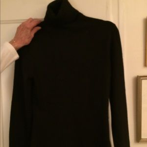 Lord and Taylor cashmere sweater